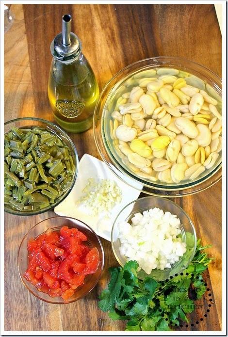 sopa-de-habas-con-nopales-receta