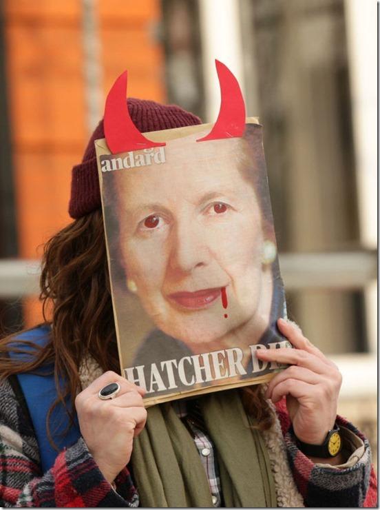 thatcher-death-party-26