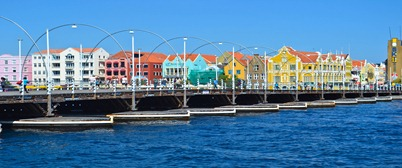 curacao-pontoon bridge