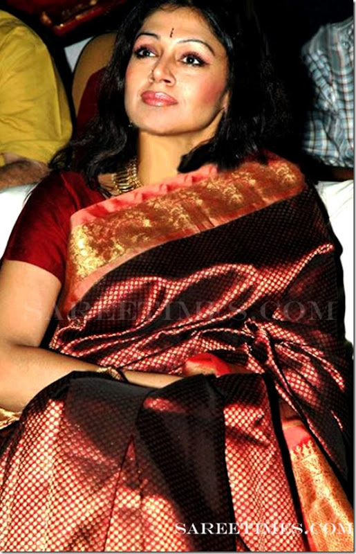 Shobana_Traditional_Saree