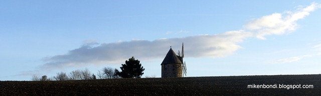 The windmill at Saint-Sulpice-sur-Lèze (1)