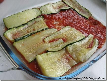 Parmigiana di zucchine - asezam feliile de dovlecei in tava