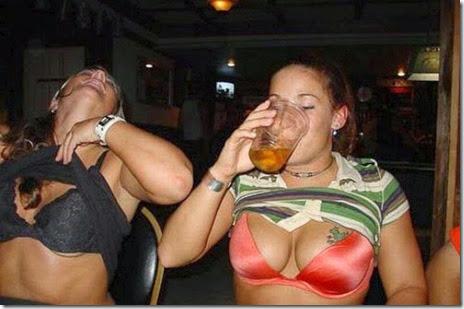 girls-beer-pong-056
