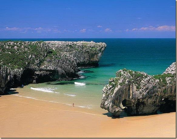 a_Playa-Cuevas-del-Ma-a