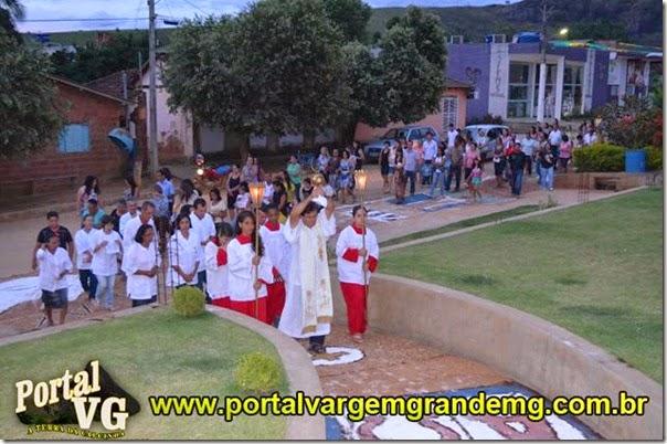 procissão de corpus christi em v.g portal vargem grande   (77)
