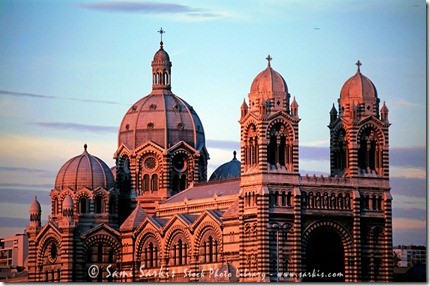 RF-Architecture-Domes-Marseilles-Cathedral-MLE026