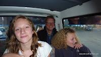 Rebecca, Ekki und Tabea im Microbus durch La Paz
