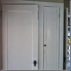 broken door 1