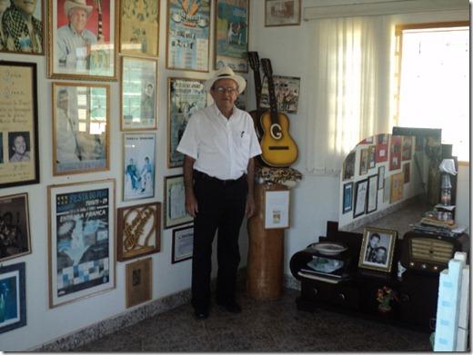 (Tião Camargo no Museu Tonico e Tinoco) Festival de Pratânia 2010 (13)