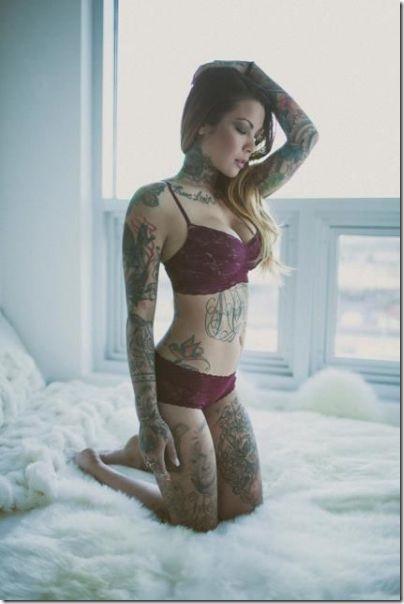 hot-tattoos-women-25