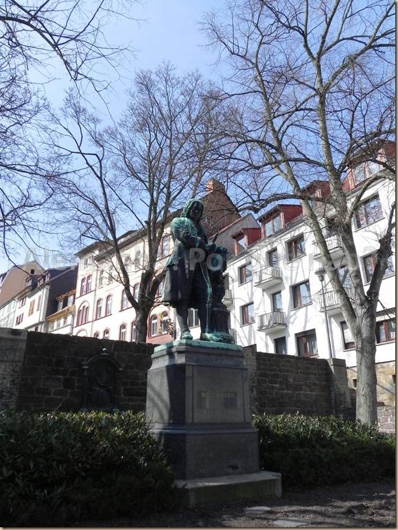 Estátua em Homenagem à Bach