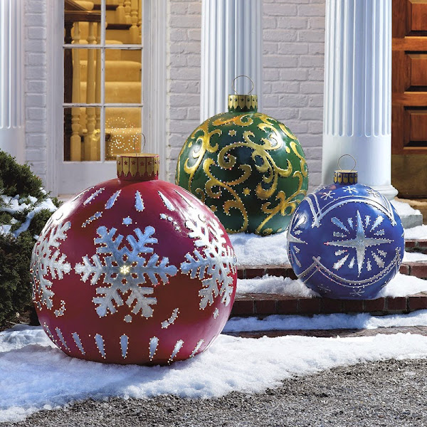 Exterior Christmas Decorating Ideas 06 Outdoor Lighted Christmas Ornaments Outdoor Decorating Ideas