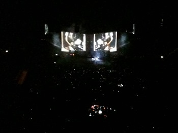 10.11.10 Linkin park5