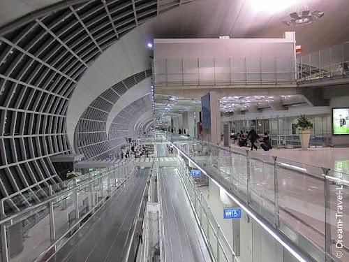 Зона вылета аэропорта Suvarnabhumi