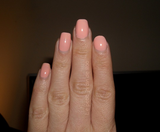 01-beauty-uk-nail-polish-peach-melba