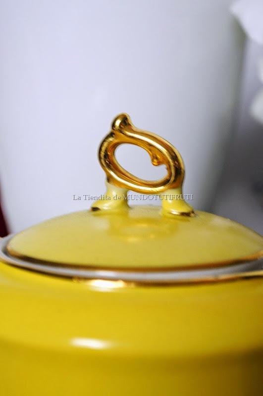 juego de cafè amarillo tapa