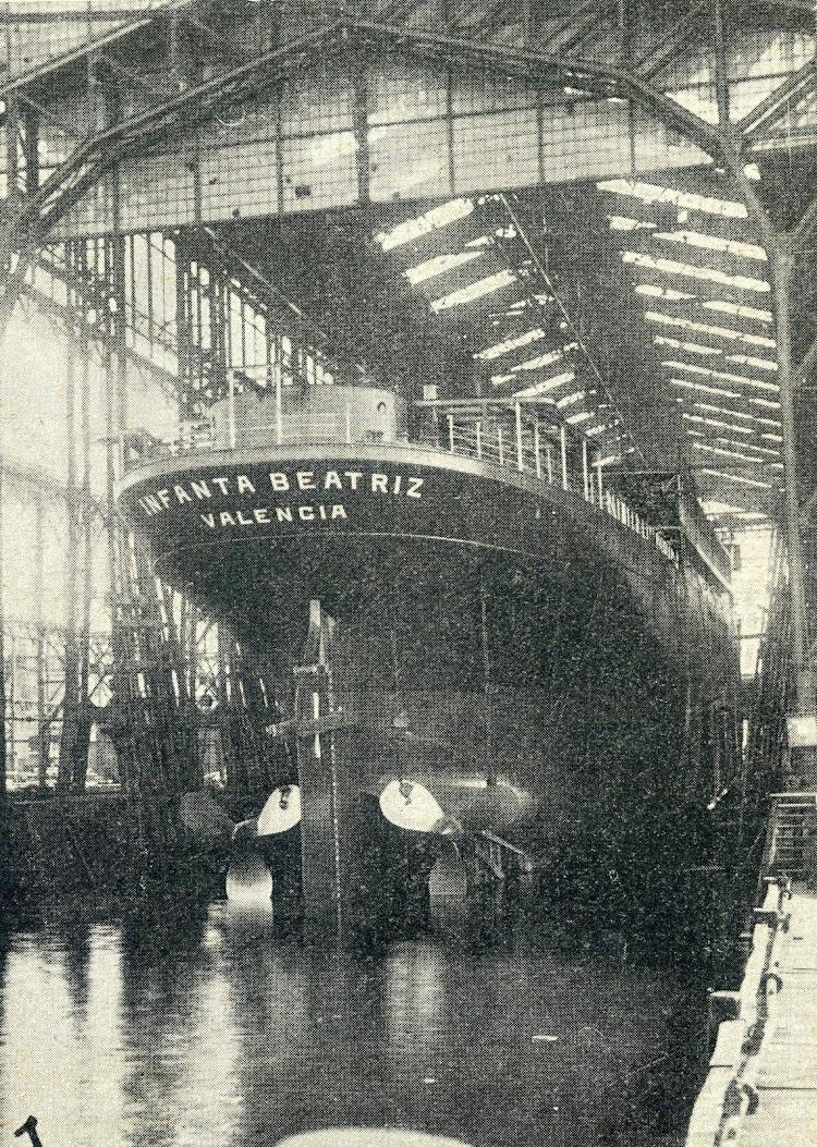 Kiel, 14 de septiembre de 1.927. Botadura en los astilleros Germania-Werft del casco del INFANTA BEATRIZ. De la Revista General de Marina. Año 1.927.JPG