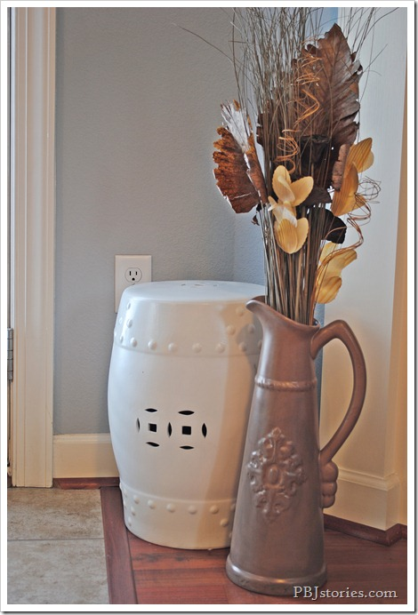 Vase makeover for Fall on PBJstories.com