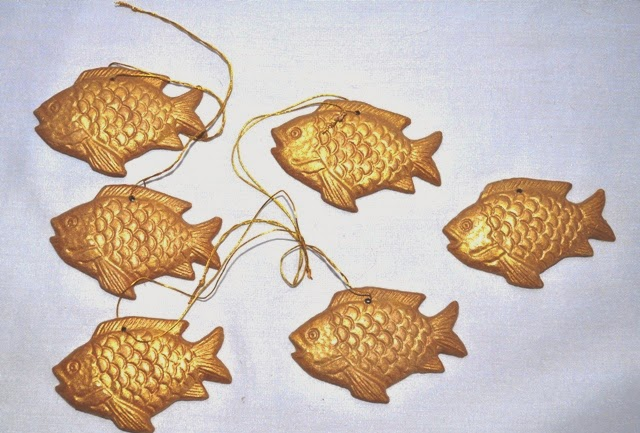 X-Mas Hanging set of fish and assorted