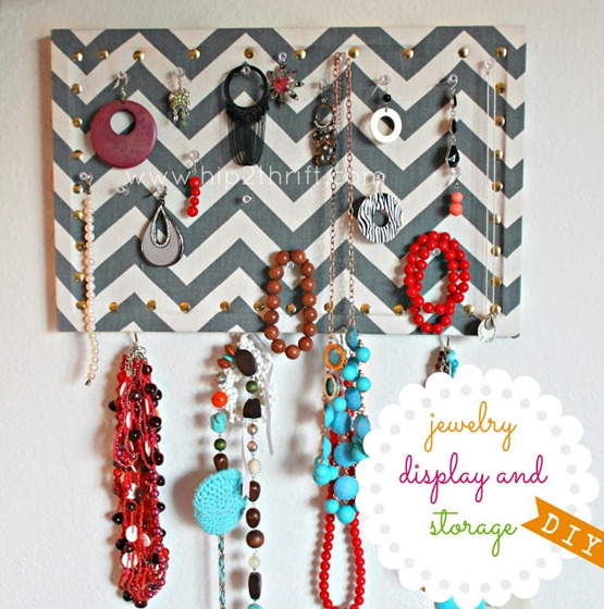 chevron jewelry display