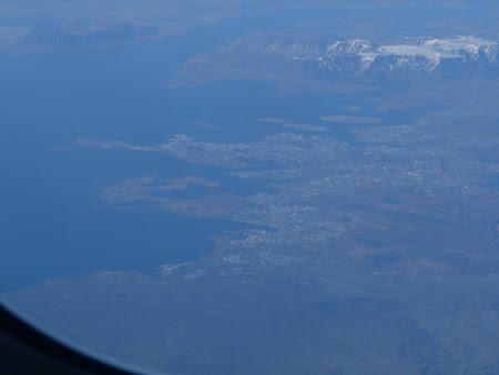 Zborul spre Canada: Reykjavik vazut de sus