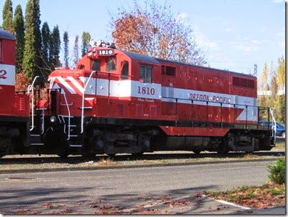IMG_9318 Oregon Pacific GP7u #1810 in Milwaukie on November 7, 2007
