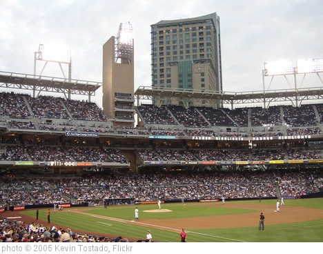 'Petco Park 05' photo (c) 2005, Kevin Tostado - license: http://creativecommons.org/licenses/by/2.0/