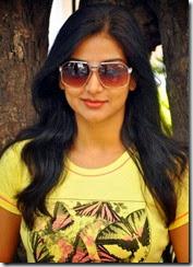 Actress Varsha Ashwathi Photos at Panivizhum Malarvanam Team Interview