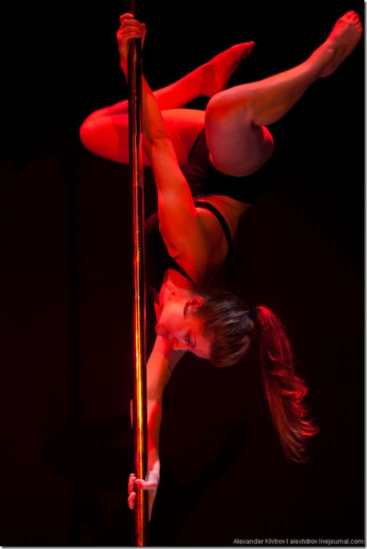 russian-pole-dancing-competition-34