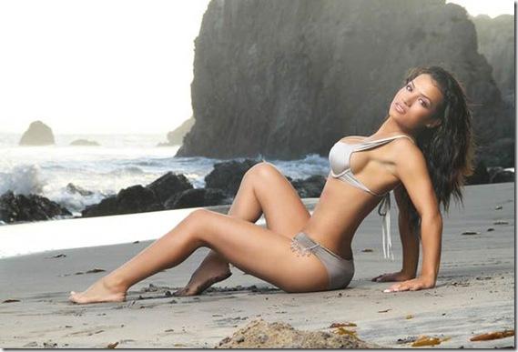 Bella-Gonzalez-motivate-work-out-4