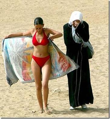 art-353-Bikini-Burqa-Beach-300x0