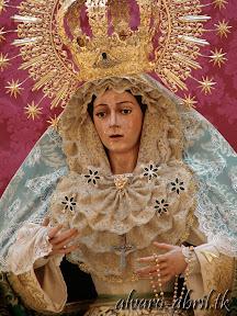 macarena-almeria-alvaro-abril-besamanos-extraordinario-y-cultos-mayo-xxv-aniversario-(6).jpg