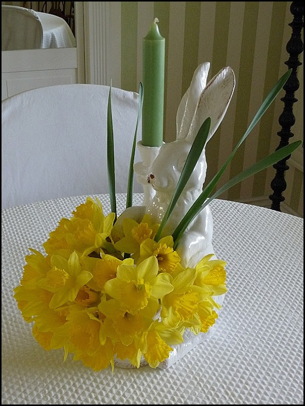 Daffodils 004 (600x800)