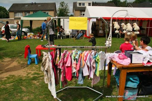 buurtvereniging de pritter kindermarkt 03-07-2011 (18).JPG