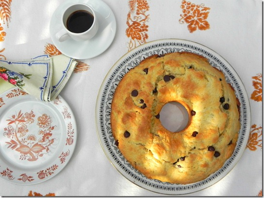 chocolate-chip-ring-cake-ciambellone-con-gocce-di-cioccolato-1