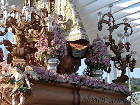 exorno-floral-procesion-carmen-coronada-malaga-2012-alvaro-abril-flor-(29).jpg