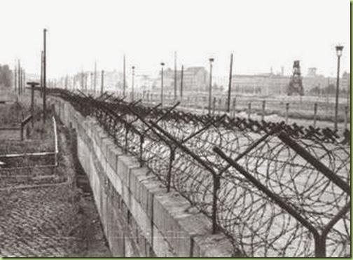 berlin wall33