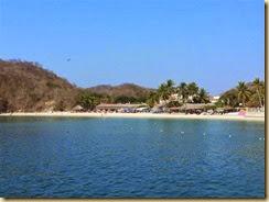 20140226_Huatulco beach (Small)