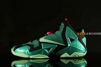 nike lebron 11 gr south beach 2 04 Nike LeBron XI South Beach Release Date (616175 330)