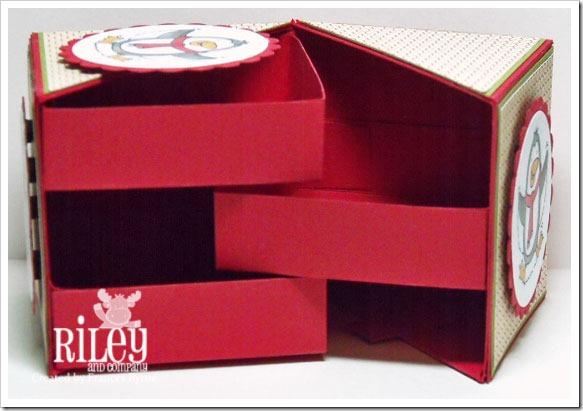 Riley-PeteSecretBox3-wm