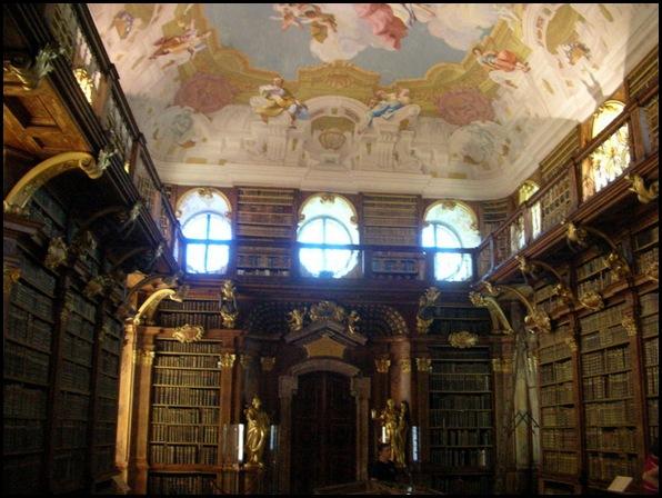 Bibliothèque du monastère de Melk, Melk, Autriche -2