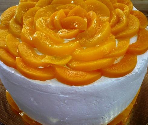 Torta de melocotones de María Eugenia López @casallamozas