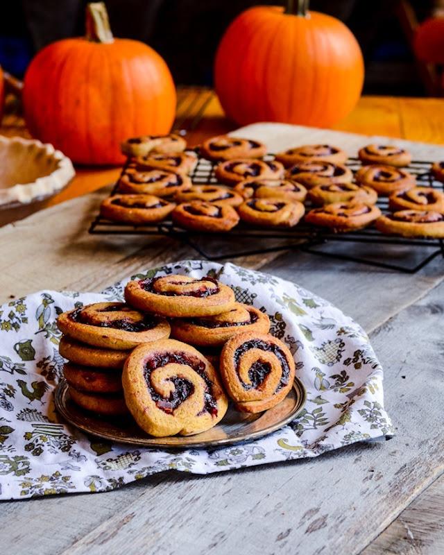 cranberry swirl cookies-0217