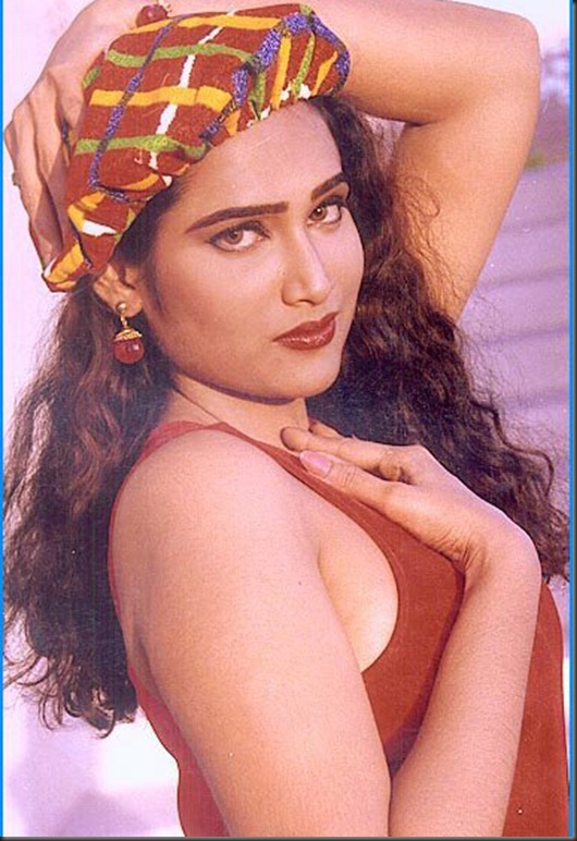anusha sonali nude photos http://rainpow.com/anusha/anusha-sonali-old-photos-mygupsup-best-of-entertainment.html