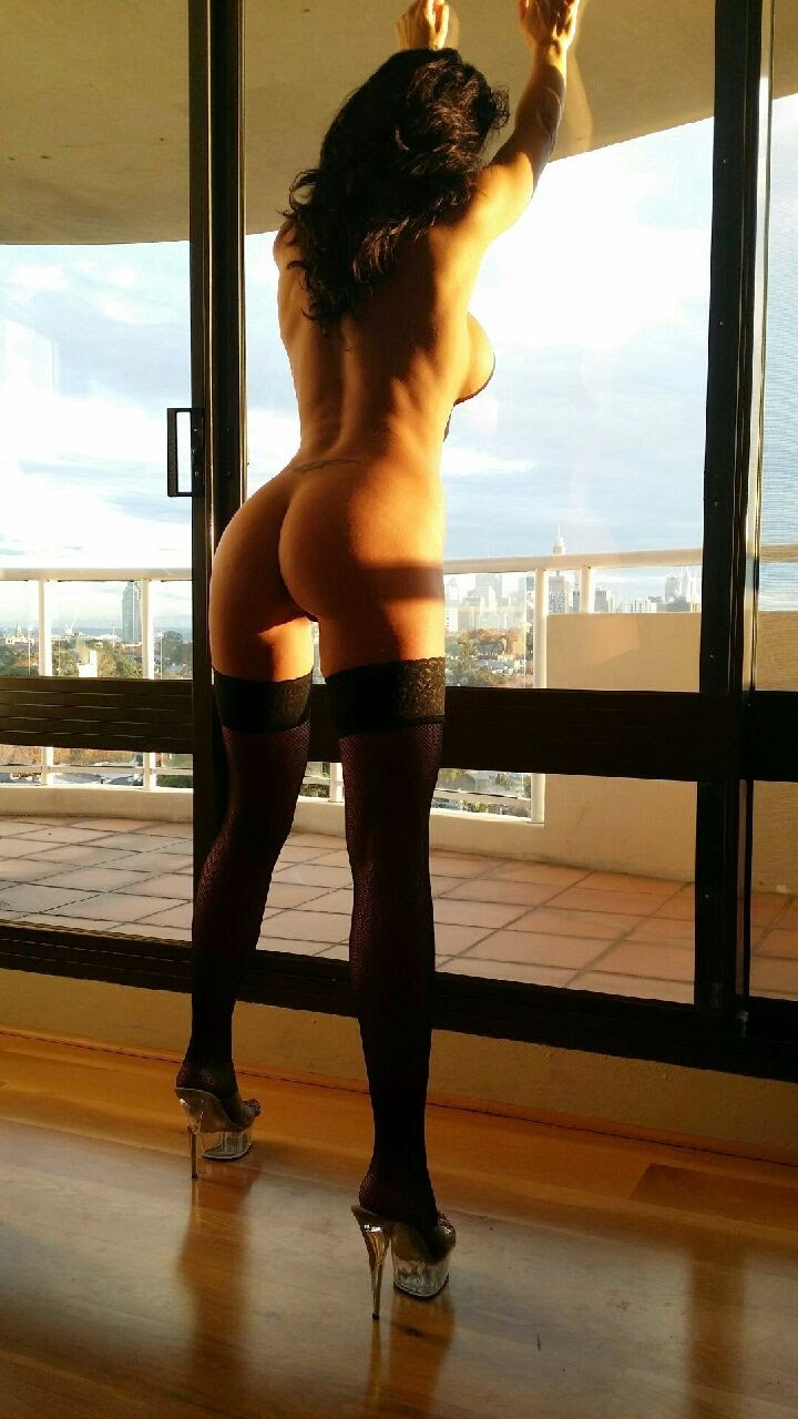 smoking escorts melbourne city