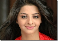 vedhika_exclusive_pic