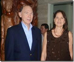 Frank Moya Pons y Miguelina