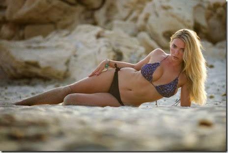 bikinis-summertime-girls-030