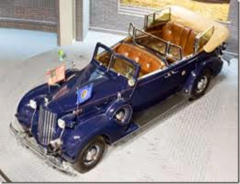 Packard_Twelve_presidential_car_(1939)_top_Toyota_Automobile_Museum