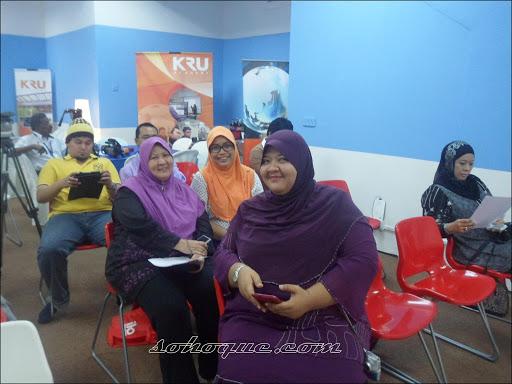 kru masterclass bloggers di IKSB